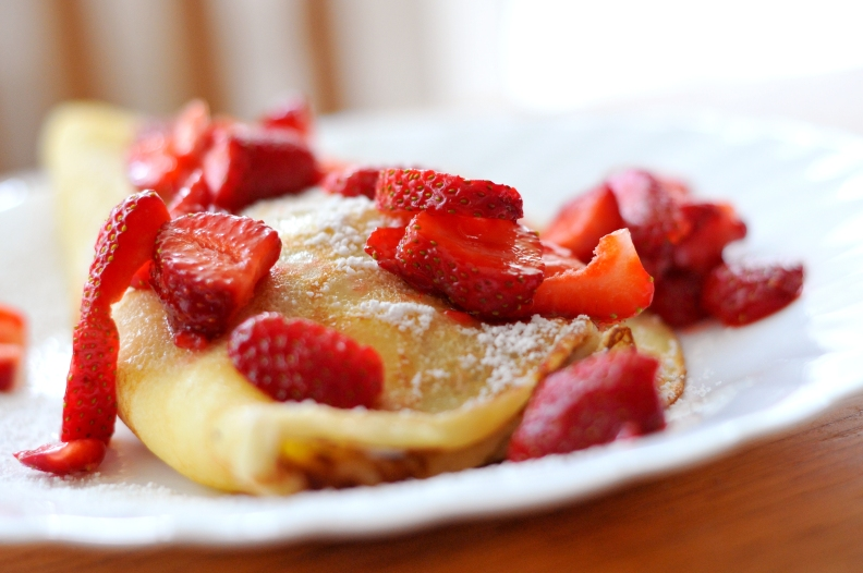 red-summer-fruits-pancakes.jpg